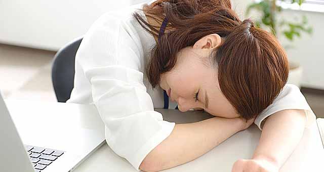 慢性疲労症候群の女性
